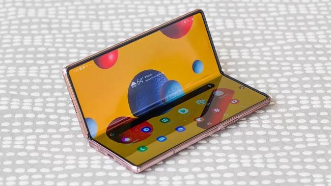 TOP điện thoại màn hình gập đẳng cấp sang trọng đáng mua nhất 2021